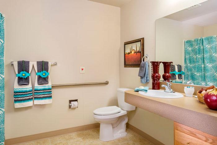 msbe-suite-bathroom