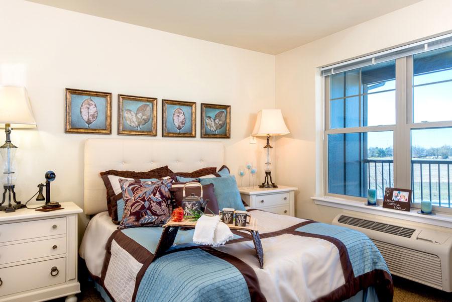 16-msbe-suite-bedroom-2