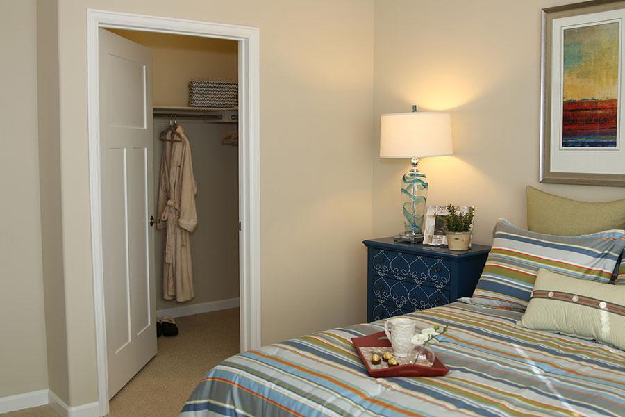 pslm-suite-bedroom-2